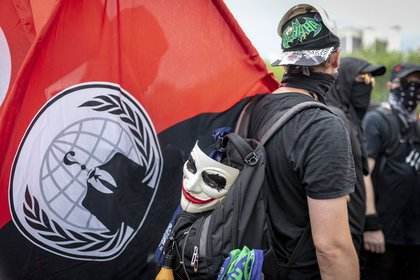 Counterprotesters outnumbered the white nationalists<br>