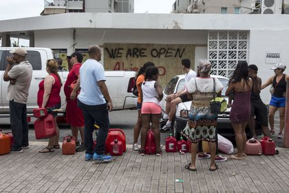 Residents line up for gasoline in San Juan, Puerto Rico on Friday, September 22nd. (Alex Wroblewski/Getty Images)