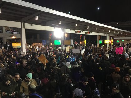 Protesters at JFK Airport, January 28, 2017<br>(Raphael Pope-Sussman / Gothamist)