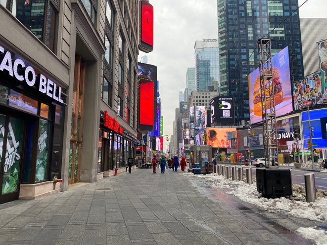 With Times Square Foot Traffic Still Down 70 Nyc Has A Long Recovery Period Ahead Gothamist