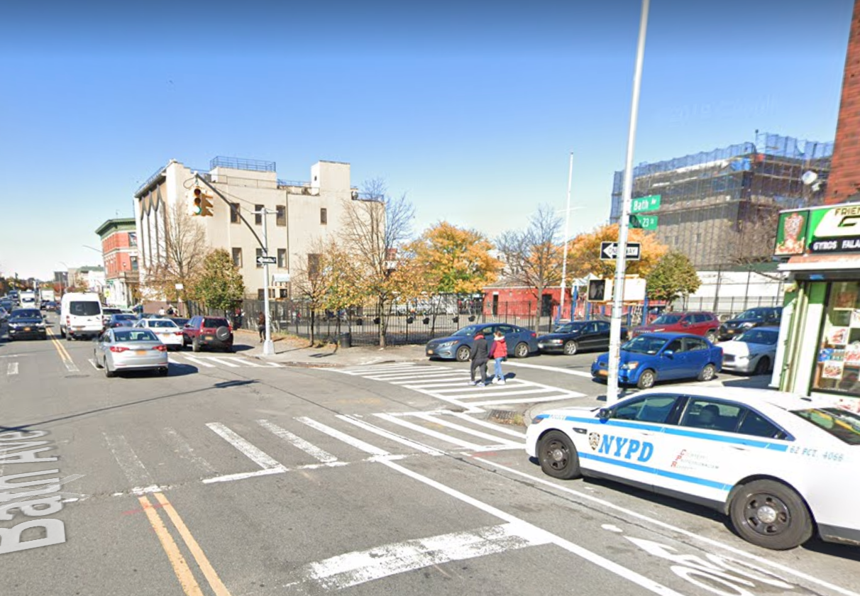 Armored Truck Driver Fatally Hits A 7 Year Old Girl On Her Scooter In Brooklyn Gothamist