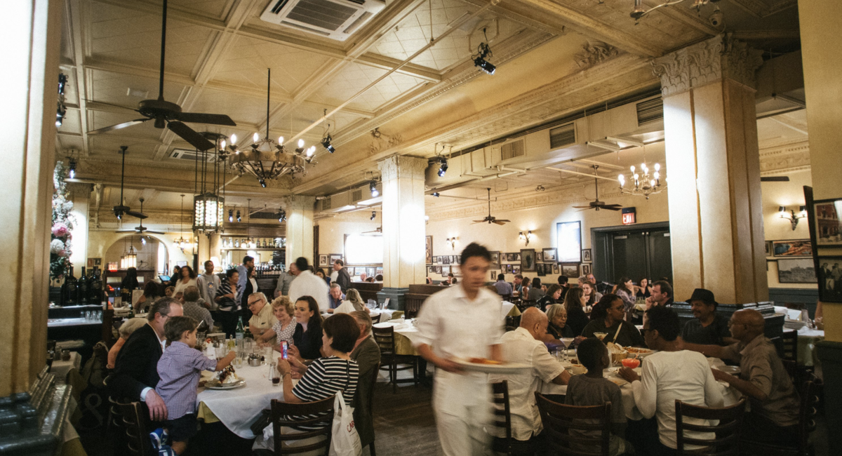 Carmine's Hostess Assaulted By Texas Women After Asking For Proof Of Vaccination