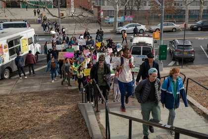 """Students walking from Bronx Science (<a href=""""http://dispatch.nyc/"""">David """"Dee"""" Delgado</a> / Gothamist)"""
