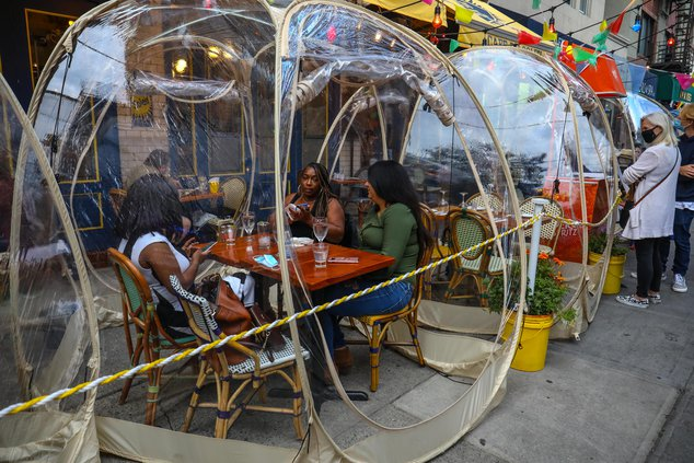 A photo of the bubble tables at cafe du soleil