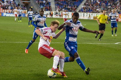 Dax McCarty cuts back in the box late in the game.