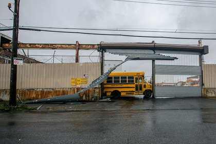 """This was the scene <a href=""""http://gothamist.com/2012/10/30/20_photos_of_hurricane_sandys_red_h.php"""">in Red Hook & Gowanus</a> (<a href=""""http://www.samhorine.com/"""">Sam Horine</a>)"""