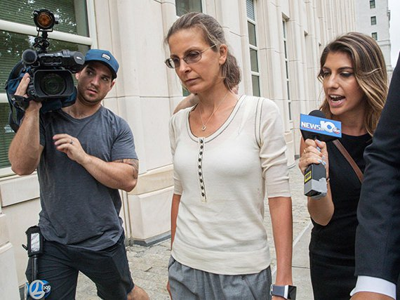 Clare Bronfman at the federal courthouse in Brooklyn, June 2017