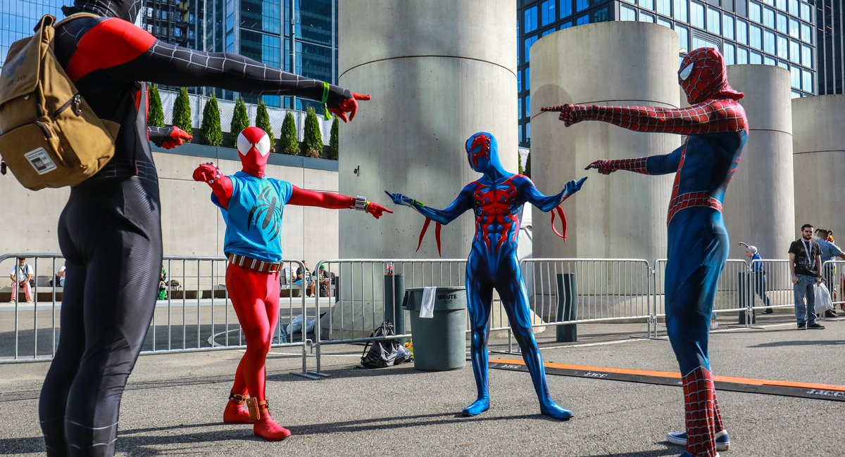 Photos: The Best Cosplay From Comic Con 2021's Subdued Opening Day