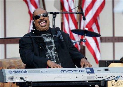 Stevie Wonder, a favorite of Obama's, performs.