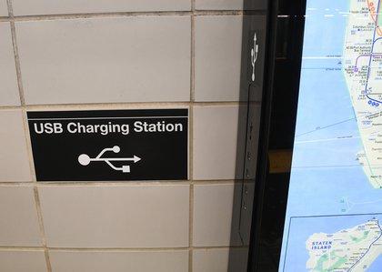 USB Charging Station (Patrick Cashin / MTA)