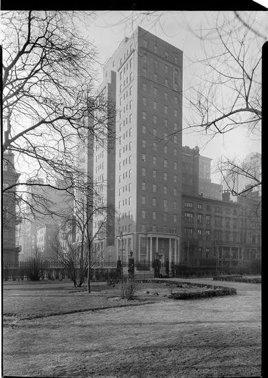 18 Gramercy Park South was a 16 story apartment building. 1928. (88.1.1.329)<br/>