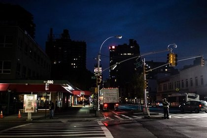 23rd and Eighth Avenue. (Dan Nguyen's flickr)