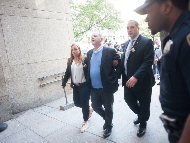 Weinstein arrives in court in handcuffs<br>