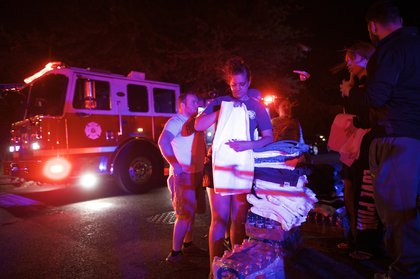 Residents gather supplies for first responders (Getty Images)