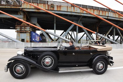 Governor Cuomo in FDR's Packard<br>