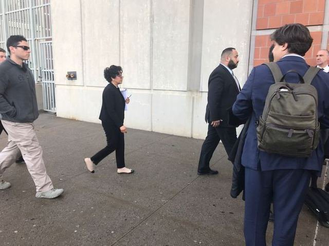 Judge Analisa Torres entering the Metropolitan Detention Center on Tuesday afternoon