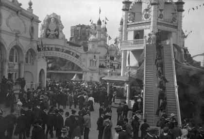 Luna Park, Coney Island by Eugene Wemlinger, via the Brooklyn Museum's flickr