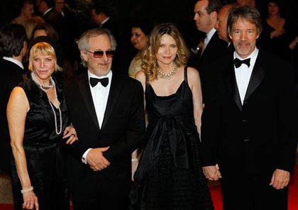 Kate Capshaw, Steven Spielberg, Michelle Pfeiffer, and David Kelley