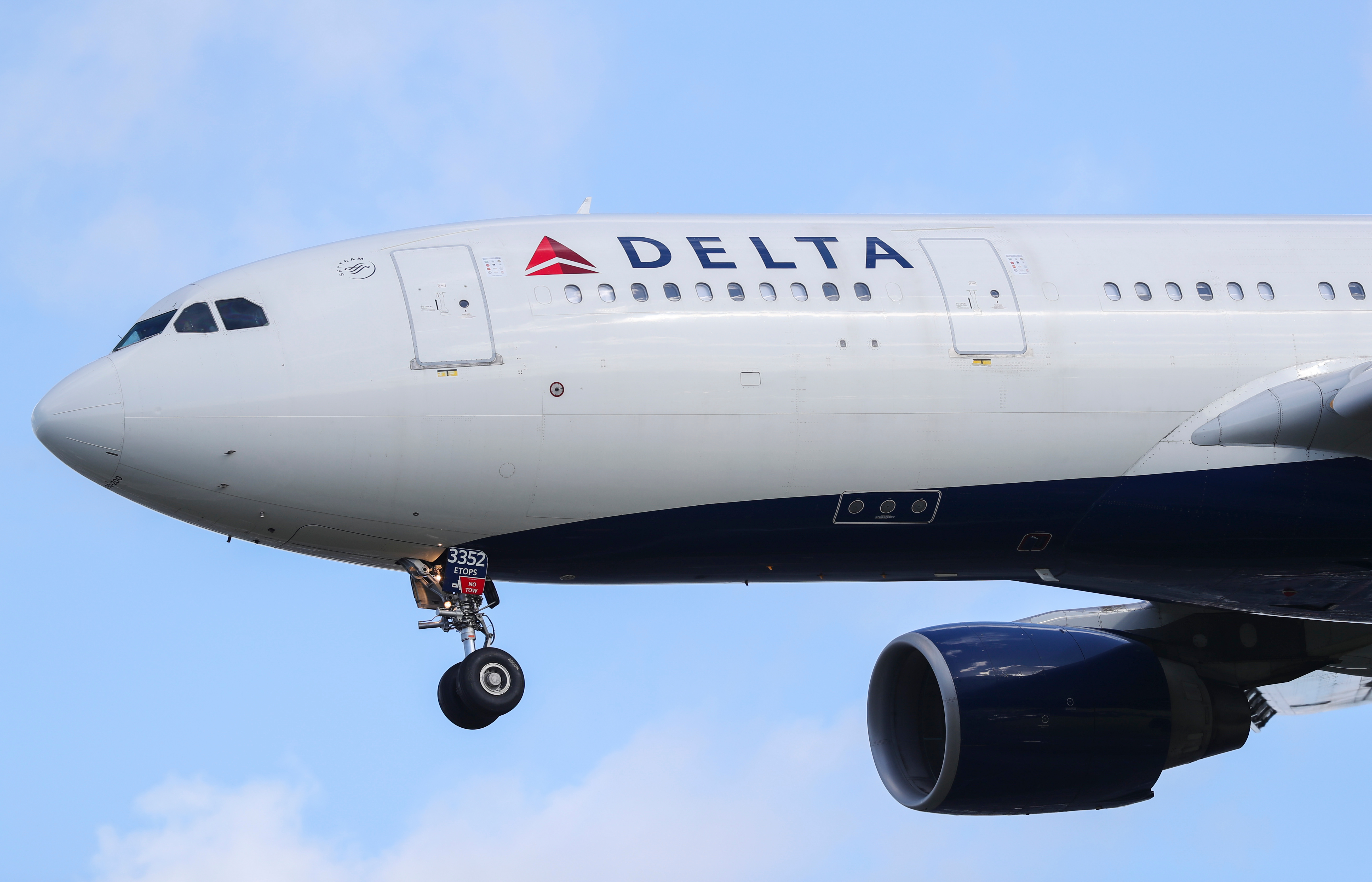 A Delta Airlines plane in flight.