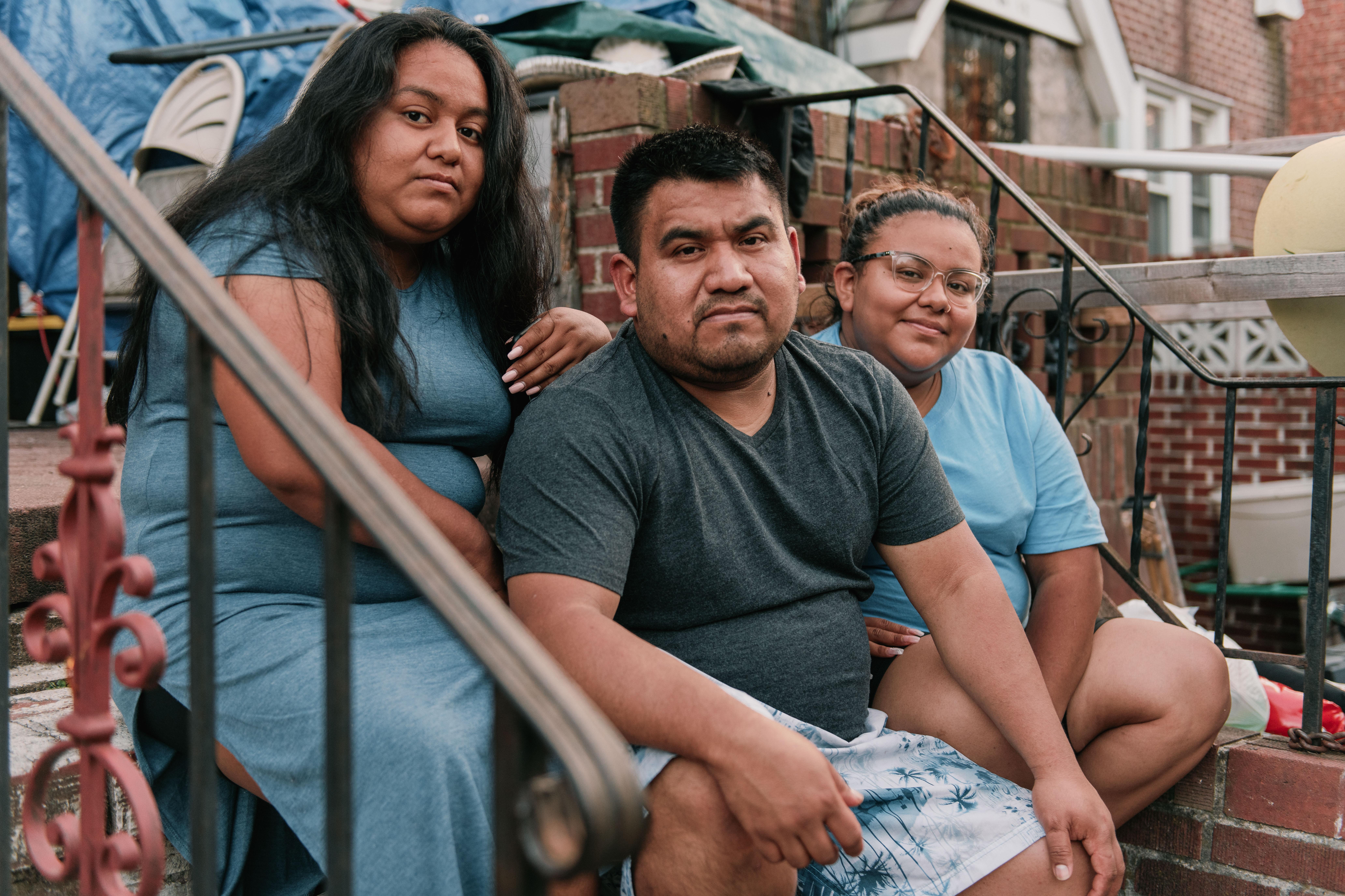 """""""ما فقط یک خانه می خواهیم"""" لیتسی گوتیرز ، 19 ساله ، گفت."""