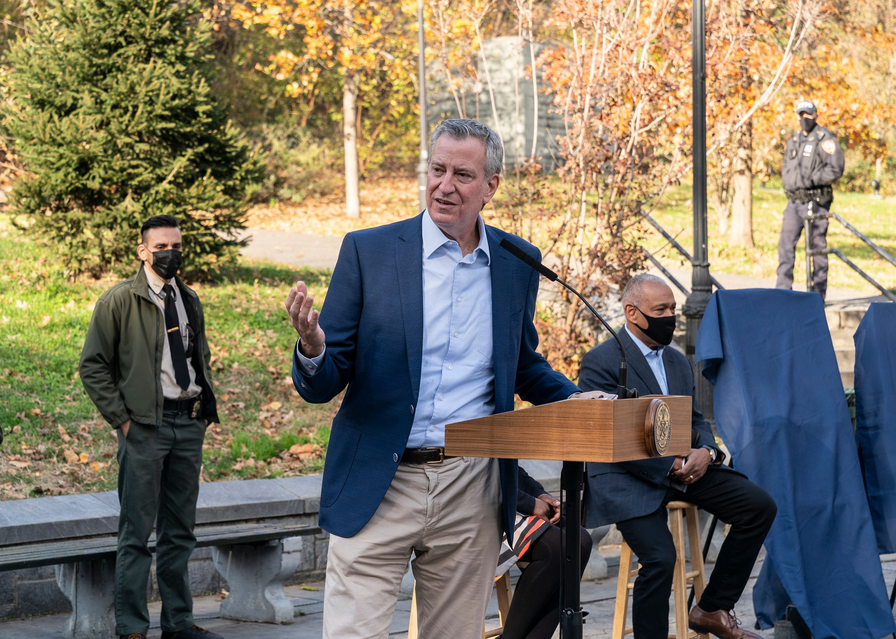 NYC Faces Ongoing Budget Crisis As De Blasio Pleads For Second Federal Stimulus