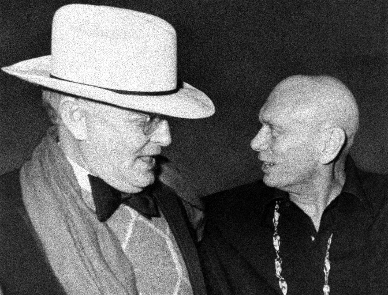 ترومن کاپوت و ژول برینر در استودیو 54.